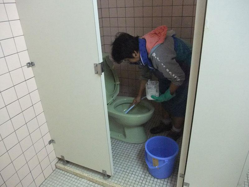 公共施設トイレ清掃2